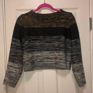 Sweaters - Casual Cropped Stripped Sweater